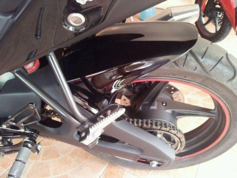 Yamaha R15 Diecast Arm