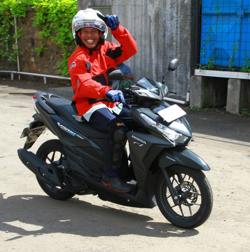 all new honda vario 150 motor matic 150cc pertama buatan. Black Bedroom Furniture Sets. Home Design Ideas