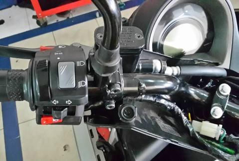 Saklar Old Vixion pada Yamaha Nmax
