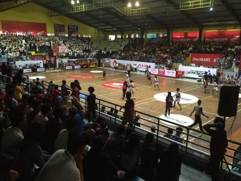 Kompetisi basket pelajar Honda DBL 2016. Tahun ini  Honda DBL digelar di 25 kota dimana kota Kupang merupakan gelaran ke-13 setelah dilaksanakan di beberapa kota besar di Indonesia. Hingga saat ini, Honda DBL telah diikuti 14.376 peserta dari 356 tim dari 13 kota serta dihadiri 14ribu penonton