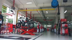 Honda Big Wing Surabaya