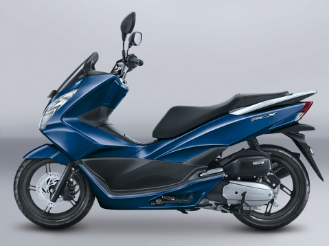 pcx-exclusive-poseidon-blue-2