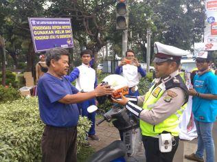 Kampanye Berkendara Awan Wahana Turun ke Jalan (3)