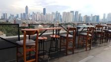 Bukber Wahana Grup, Peron Sky Cafe-Yellow Hotel